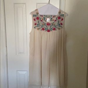 CLEARANCE: Floral embroidered & laced dress